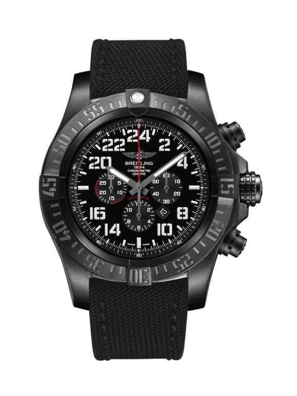 Breitling Avenger M2233010.BC91.100W